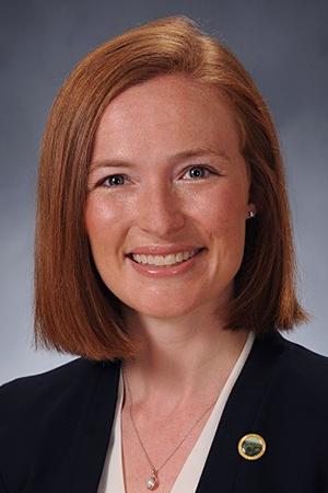 Jennifer Axsom Adler | Assistant Director, Roan Scholars Leadership Program, East Tennessee State University